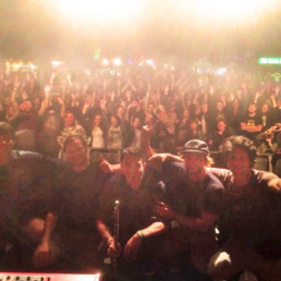 Die deutsch französische HipHop Band ist hier zu sehen nach ihrem Festival Auftritt beim Stemweder Open Air.